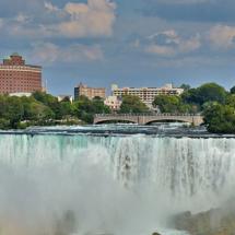 niagara-falls-2112307_640