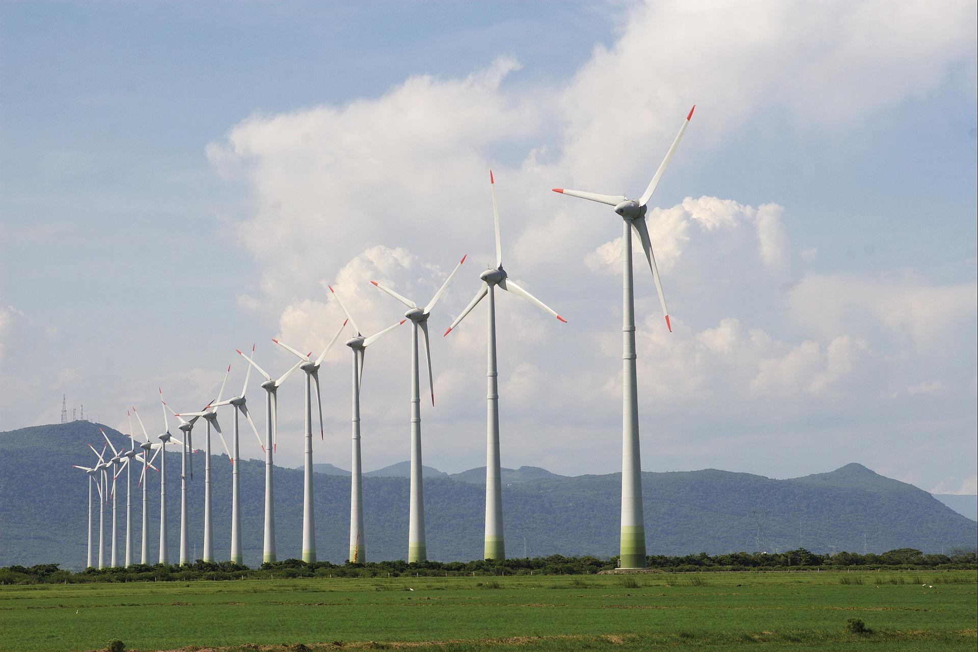 osorio-wind-farm-1403824_1920