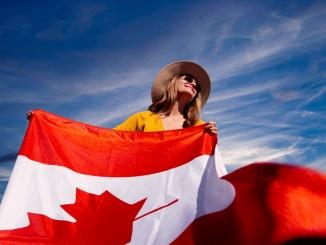 Canadian Visa Expert - The Canadian Flag